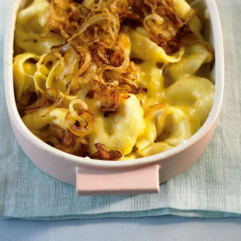 Käse-Tortellini mit Röstzwiebeln
