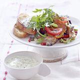 Gemüsesalat mit Frühlingszwiebel-Quark
