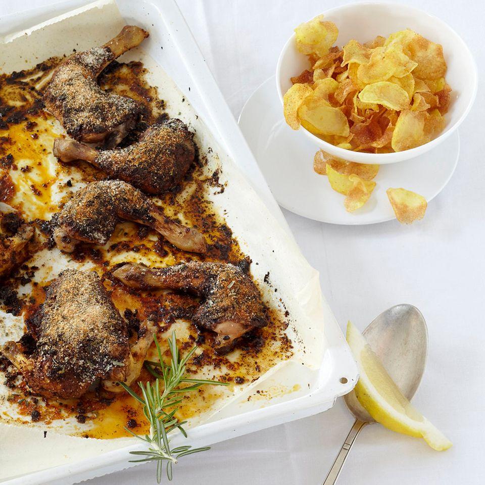 Gewürz-Stubenküken mit Kartoffelchips