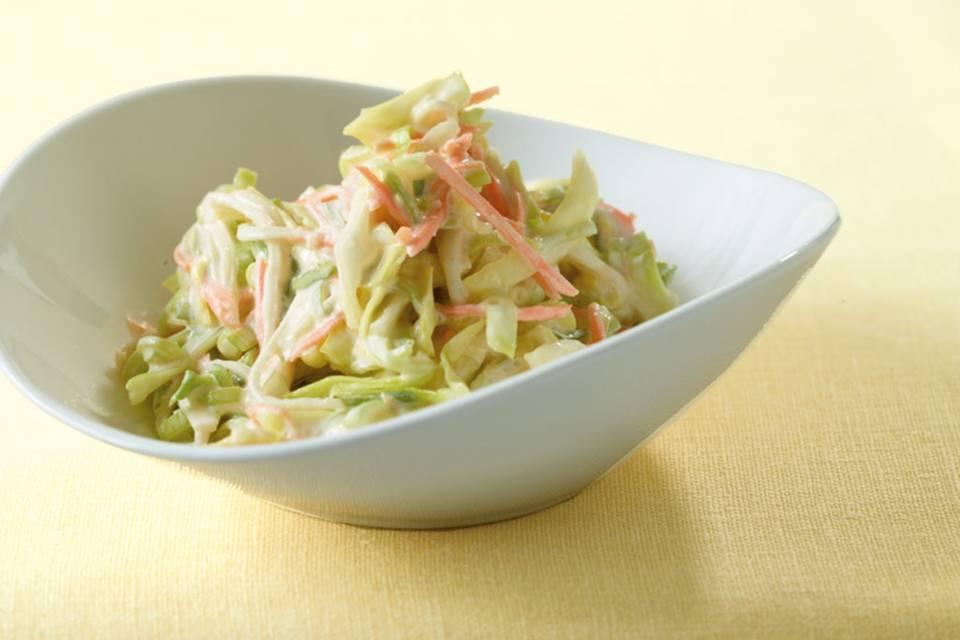 Schmand-Spitzkohl-Salat Rezept