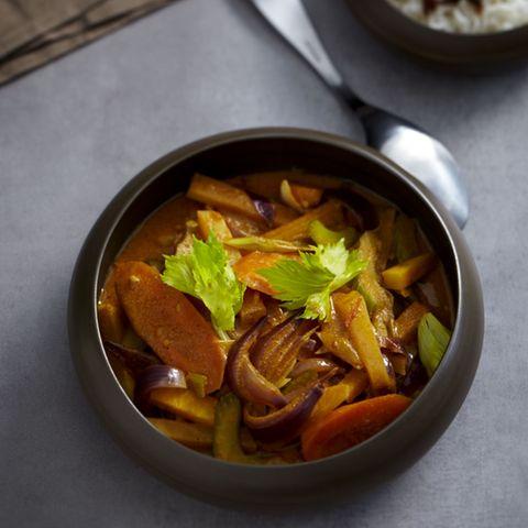Möhren-Steckrüben-Curry