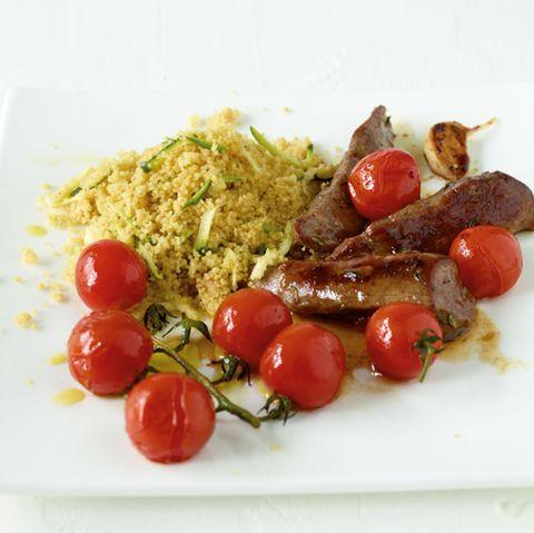 Zucchini-Couscous mit Lammfilet