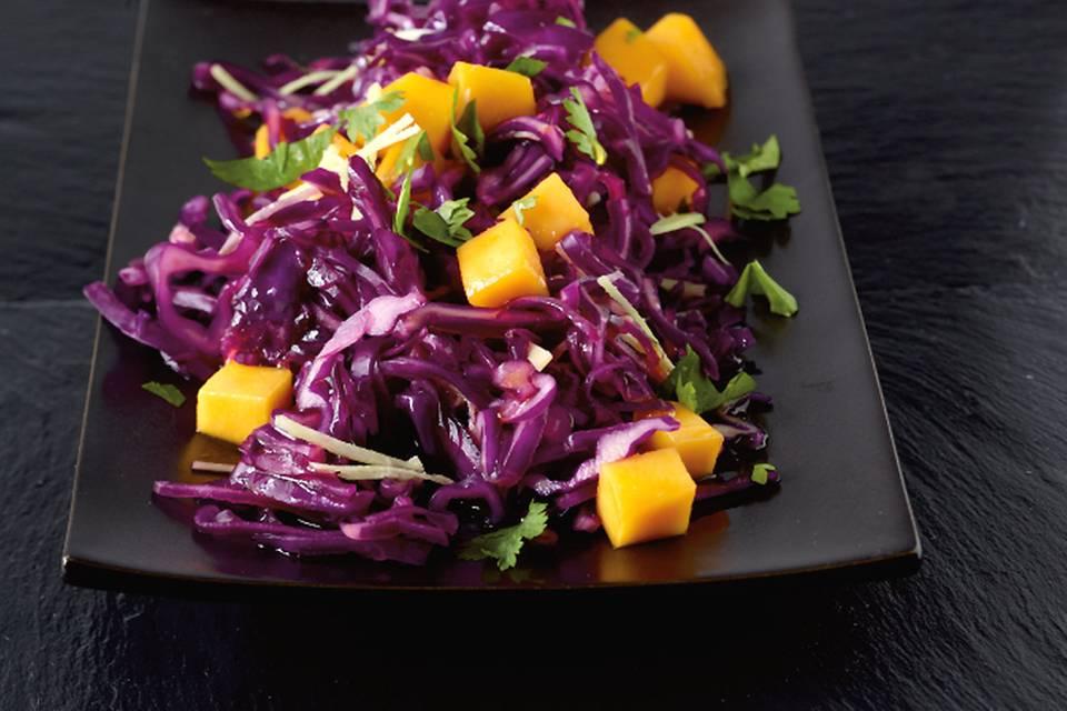 Rotkohlsalat mit Mango Rezept