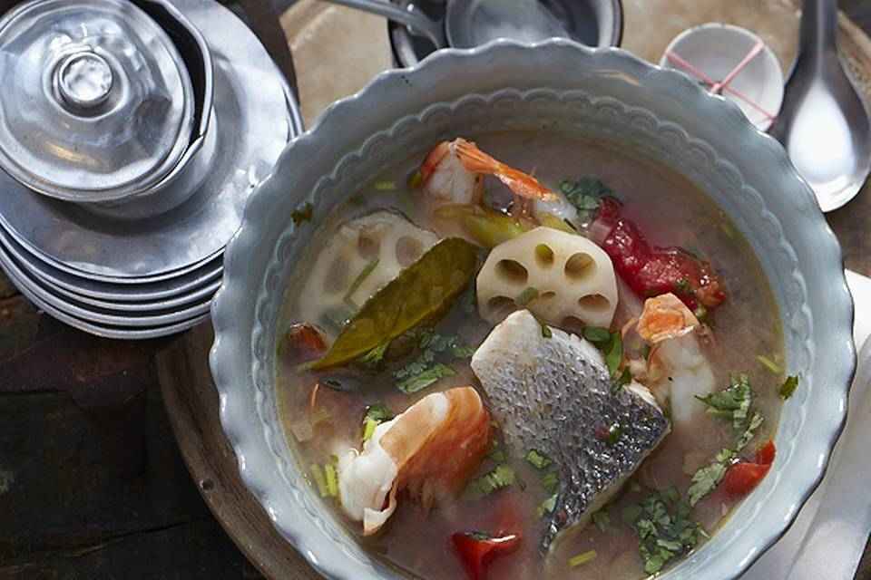 Süßsaure Fischsuppe Rezept
