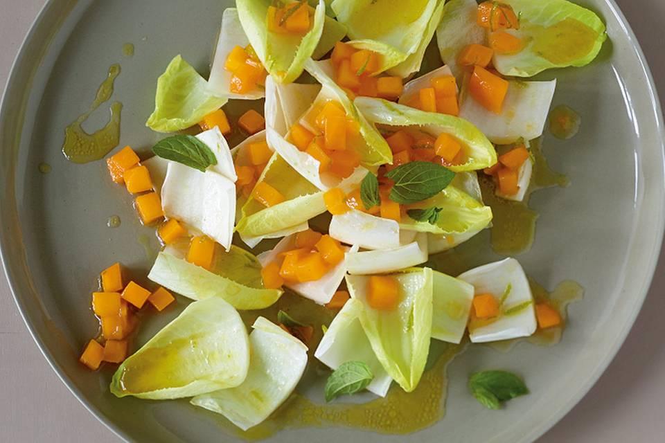 Chicoréesalat mit Mango Rezept