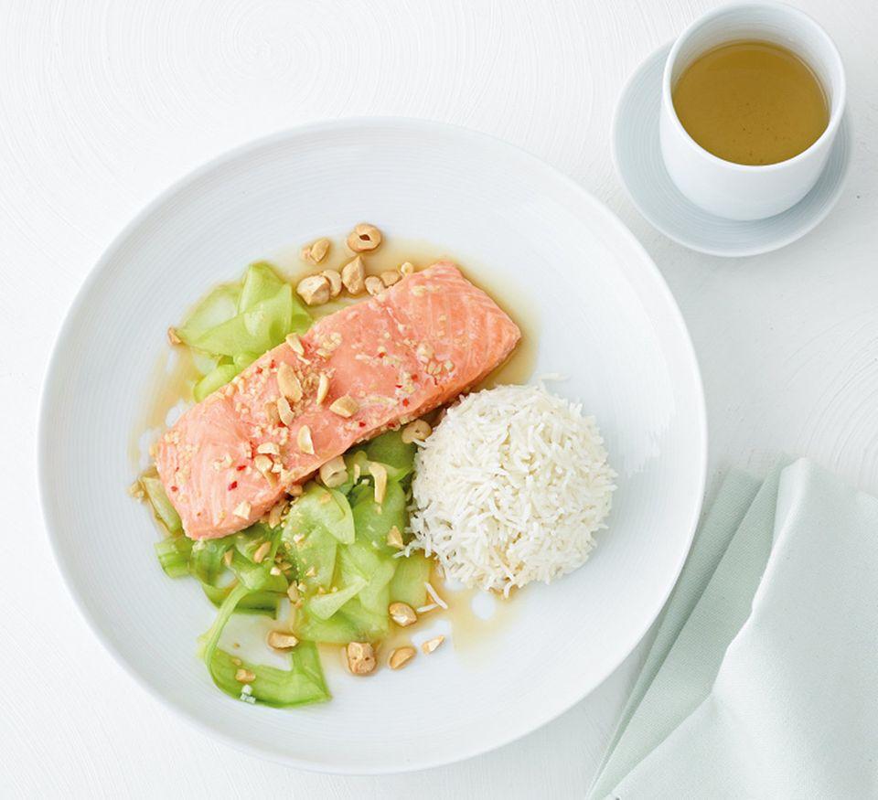 Lachs liefert gesunde, essentielle Fettsäuren