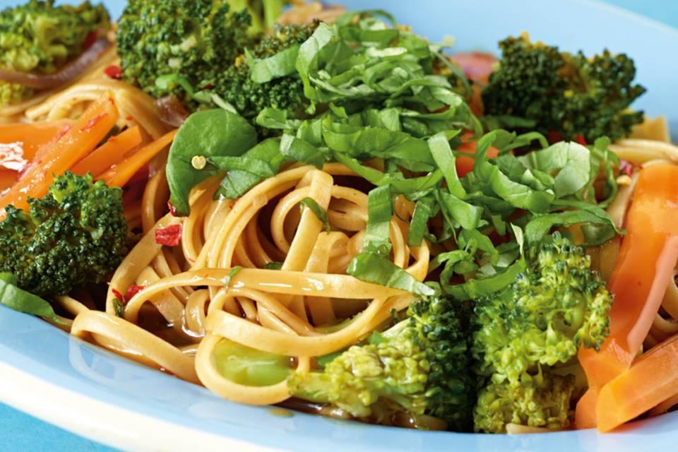 Asia-Gemüse-Linguine Rezept