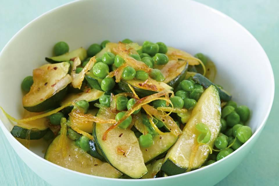 Zucchini-Erbsen-Gemüse Rezept