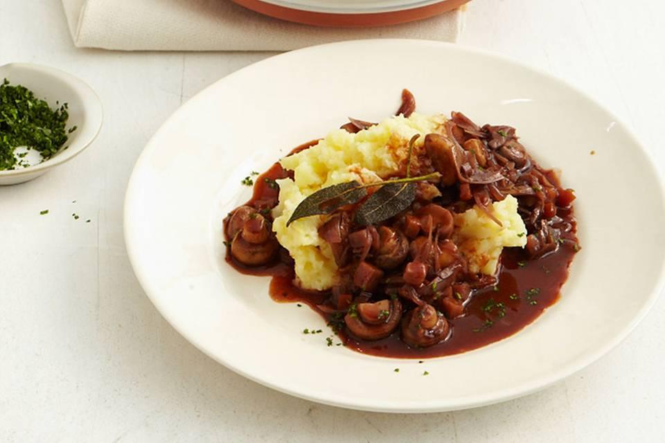 Kartoffelstampf mit Schalotten-Portwein-Sauce Rezept