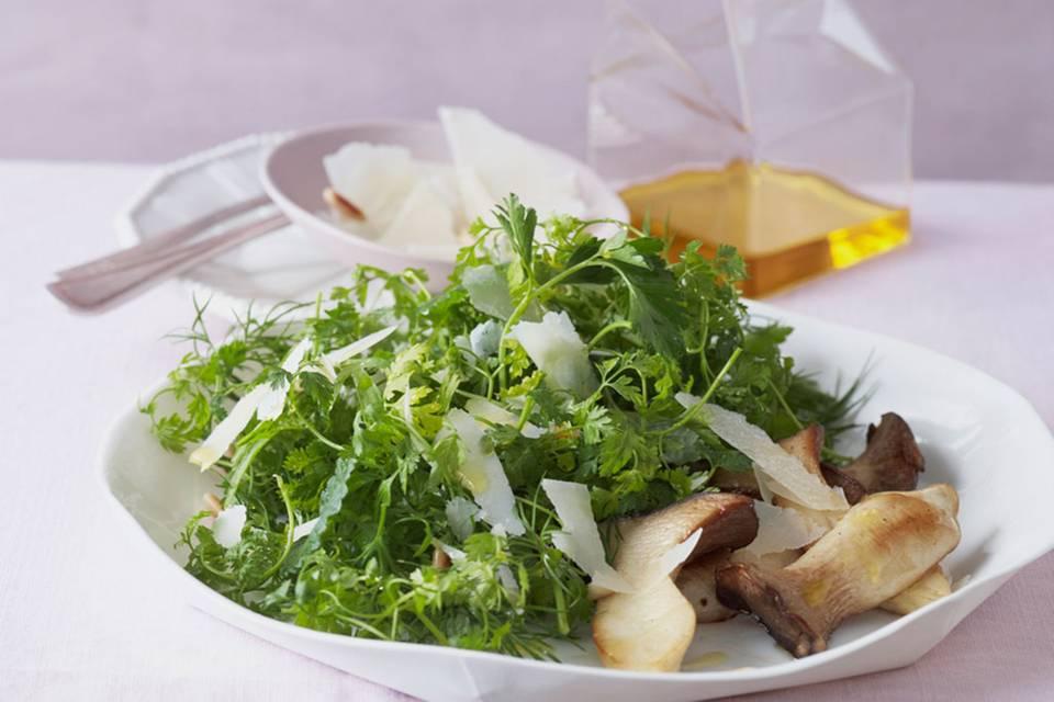 Kräutersalat mit Kräuterseitlingen Rezept