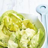Grüner Salat mit Sahne-Vinaigrette