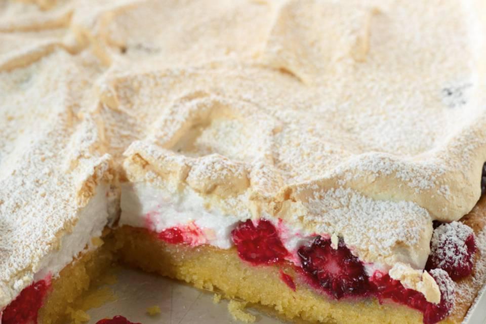 Beeren-Baiser-Kuchen Rezept