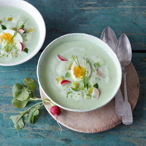 Kalte Buttermilch-Gemüse-Suppe