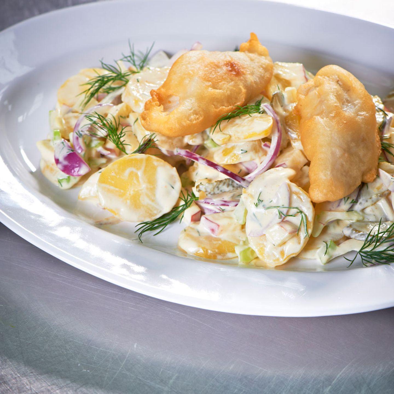 Kartoffelsalat mit Backfisch