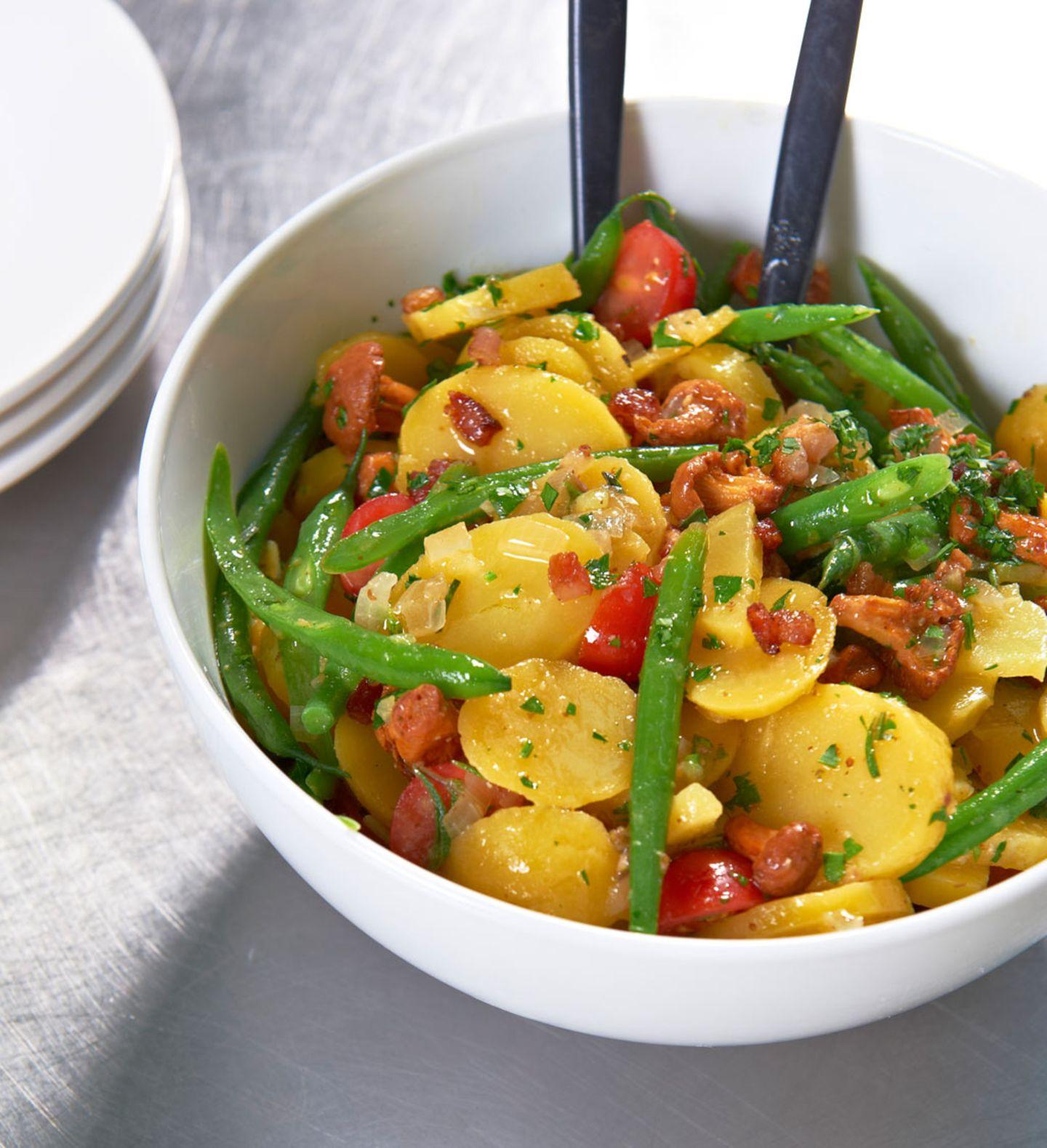 Alles, was wir lieben: Kartoffelsalat mit Bohnen und Pfifferlingen