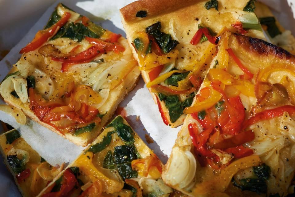 Coca (Spanische Pizza) Rezept