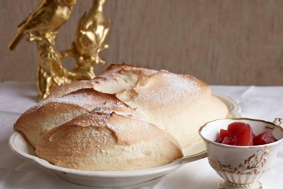 Salzburger Nockerln mit Apfel-Holunder-Kompott Rezept