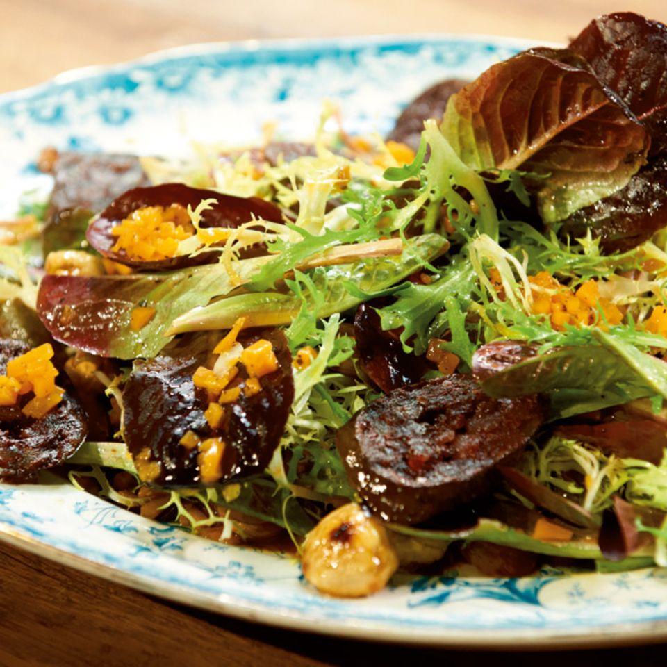 Salat mit Kürbis-Vinaigrette und Maronen