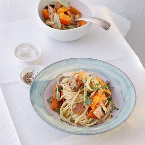 Aus Venetien: Spaghetti mit Entenfleisch und Kürbis