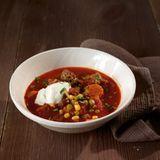 Chili con Carne mit Feta-Joghurt