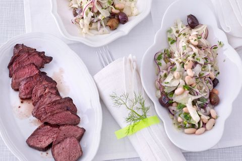 Salate mit weißen Bohnen