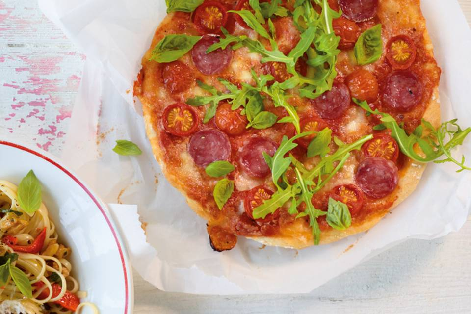 Rauke-Salami-Pizza Rezept