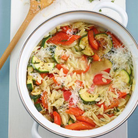 Gemüse-Nudel-Risotto