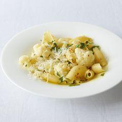 Blumenkohl-Pasta con aglio e olio
