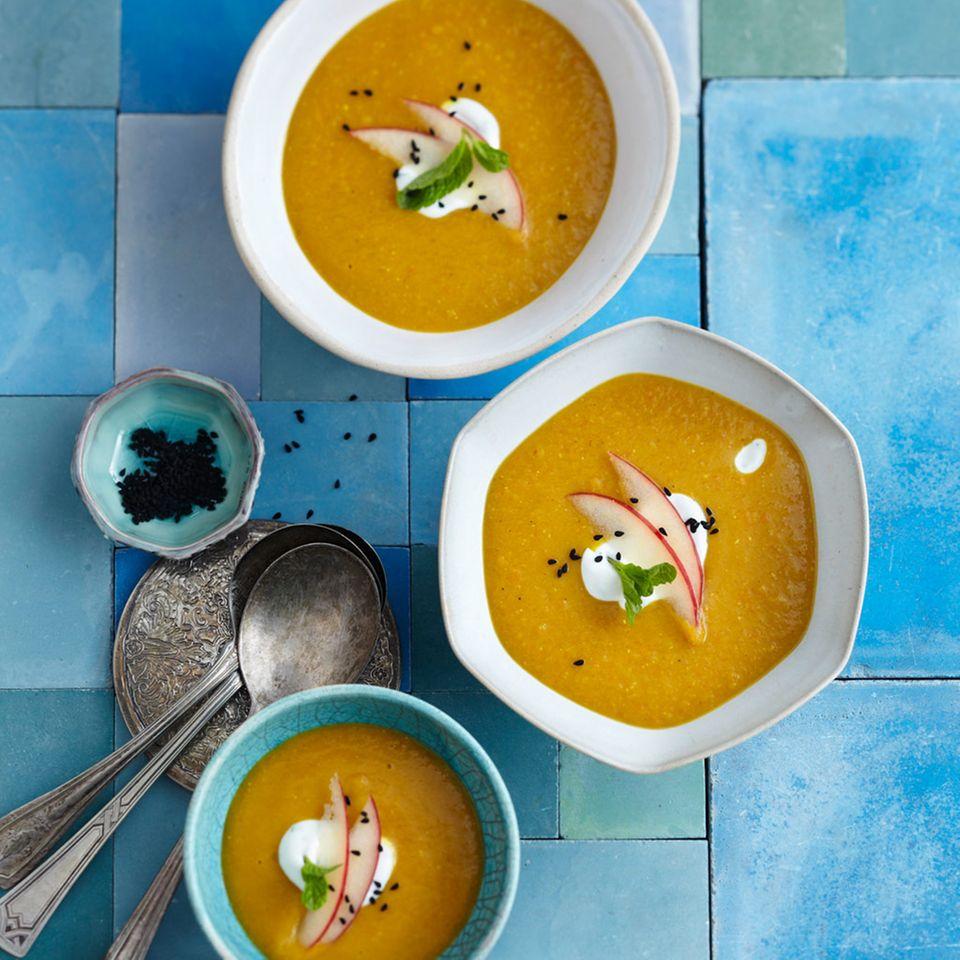 Linsen-Kartoffel-Suppe mit Harissa