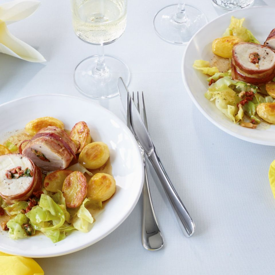 Gefülltes Schweinefilet mit Ofenkartoffeln