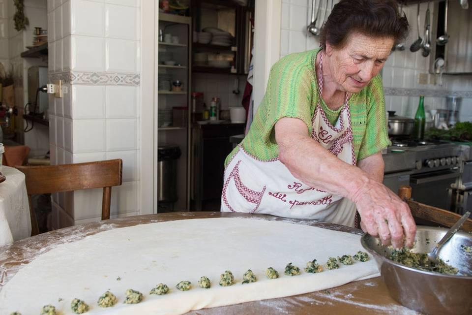 Pansotti con Salsa di Noci - Gefüllte Teigtaschen mit Walnusssauce Rezept