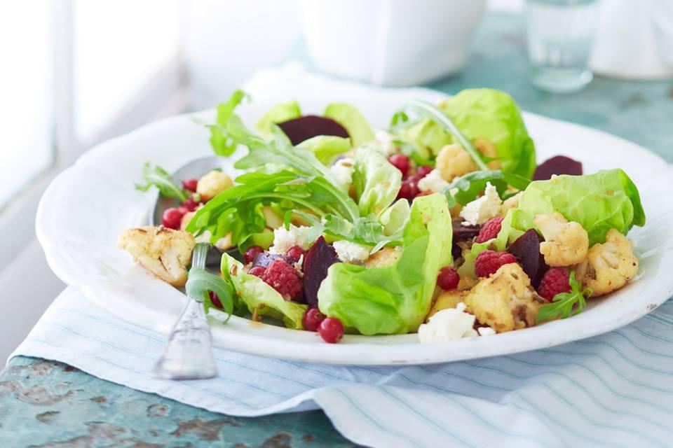 Rote-Bete-Salat mit Beeren Rezept