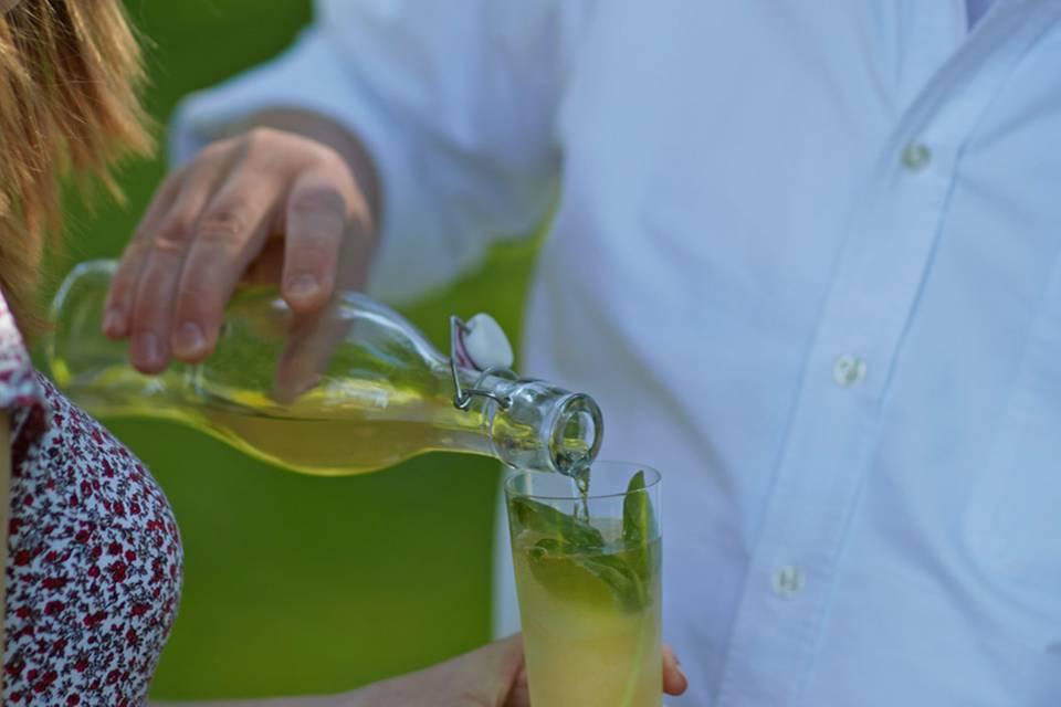 Apple-Sparkle mit Basilikum Rezept