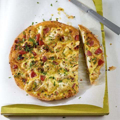 Blumenkohl-Frittata mit Salami