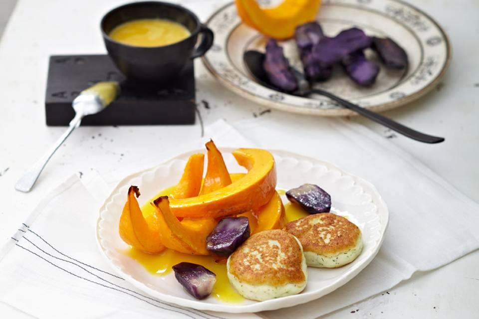 Kürbisspalten mit Zanderbuletten und Orangensauce Rezept