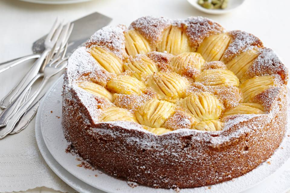 Versunkener Apfel-Zwieback-Kuchen Rezept