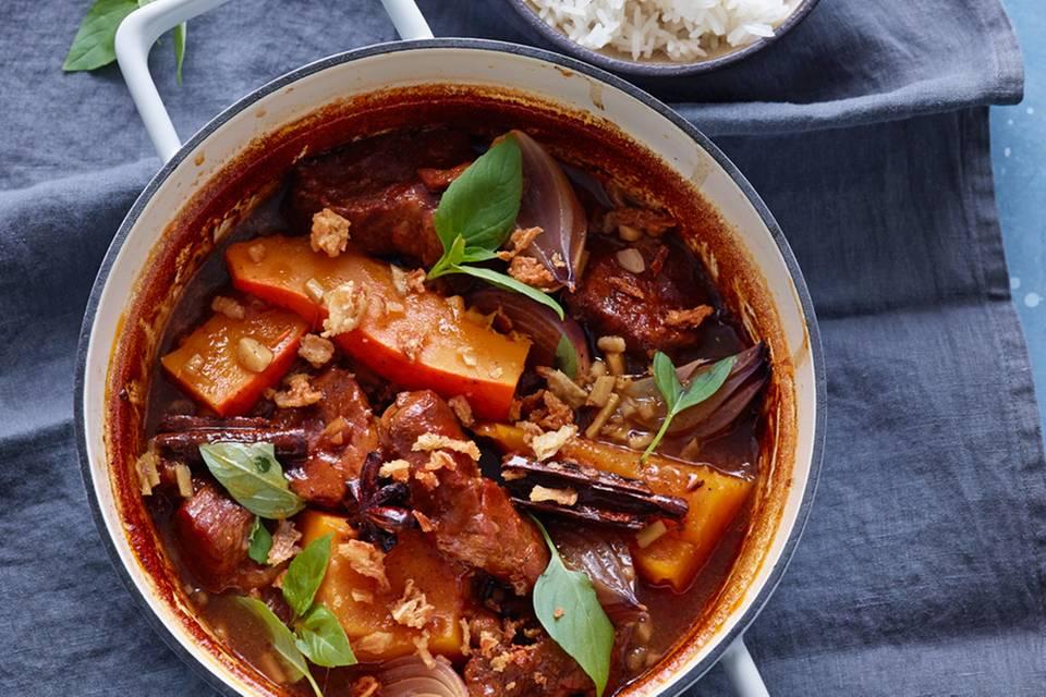 Curry mit Schweinenacken und Kürbis Rezept