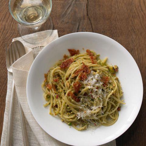 Pasta mit Pistazien-Pesto