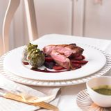 Entenbrust mit Portweinsauce und Möhren