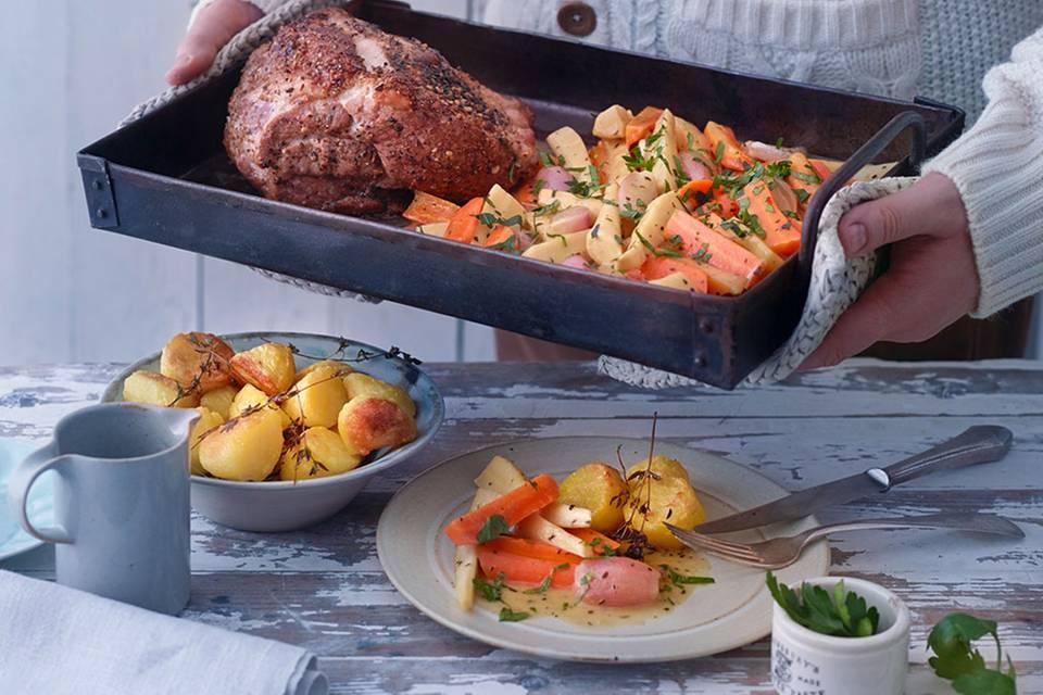 Schweinenackenbraten mit Essig-Senf-Gemüse Rezept