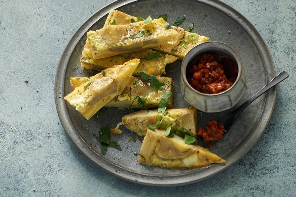 Artischocken-Tortilla mit Paprika-Tapenade Rezept