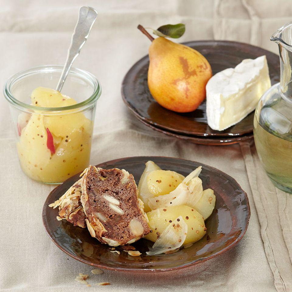 Birnenkompott mit Senf und Zwiebeln