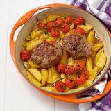 Lammsteaks auf Kartoffeln
