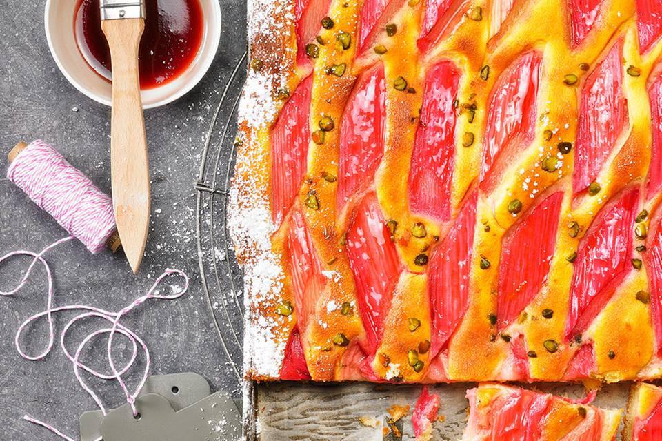 Rhabarber-Pistazien-Kuchen Rezept