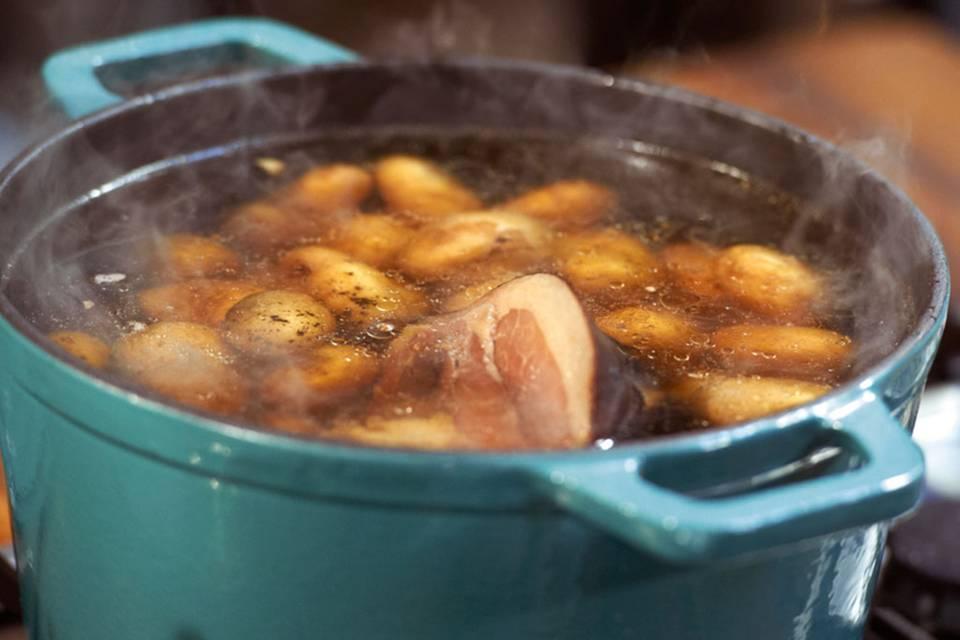 Räucher-Pellkartoffeln Rezept
