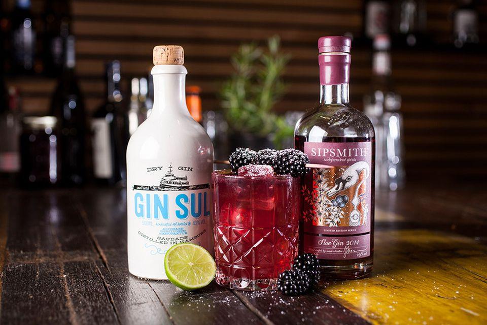 Der perfekte Spätsommer-Drink: August in Altona mit Gin, Brombeeren und Limette