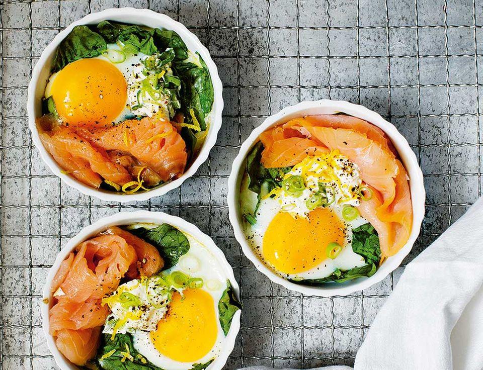 Eier im Förmchen: Ein Sonntagsfrühstück vom Feinsten