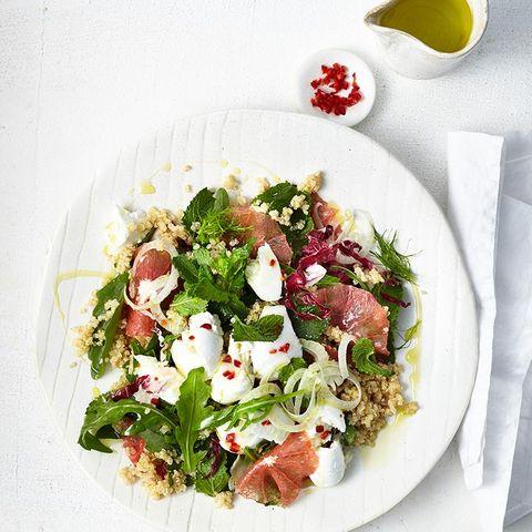 Salate mit Zitrusfrüchten liefern viel Vitamin C