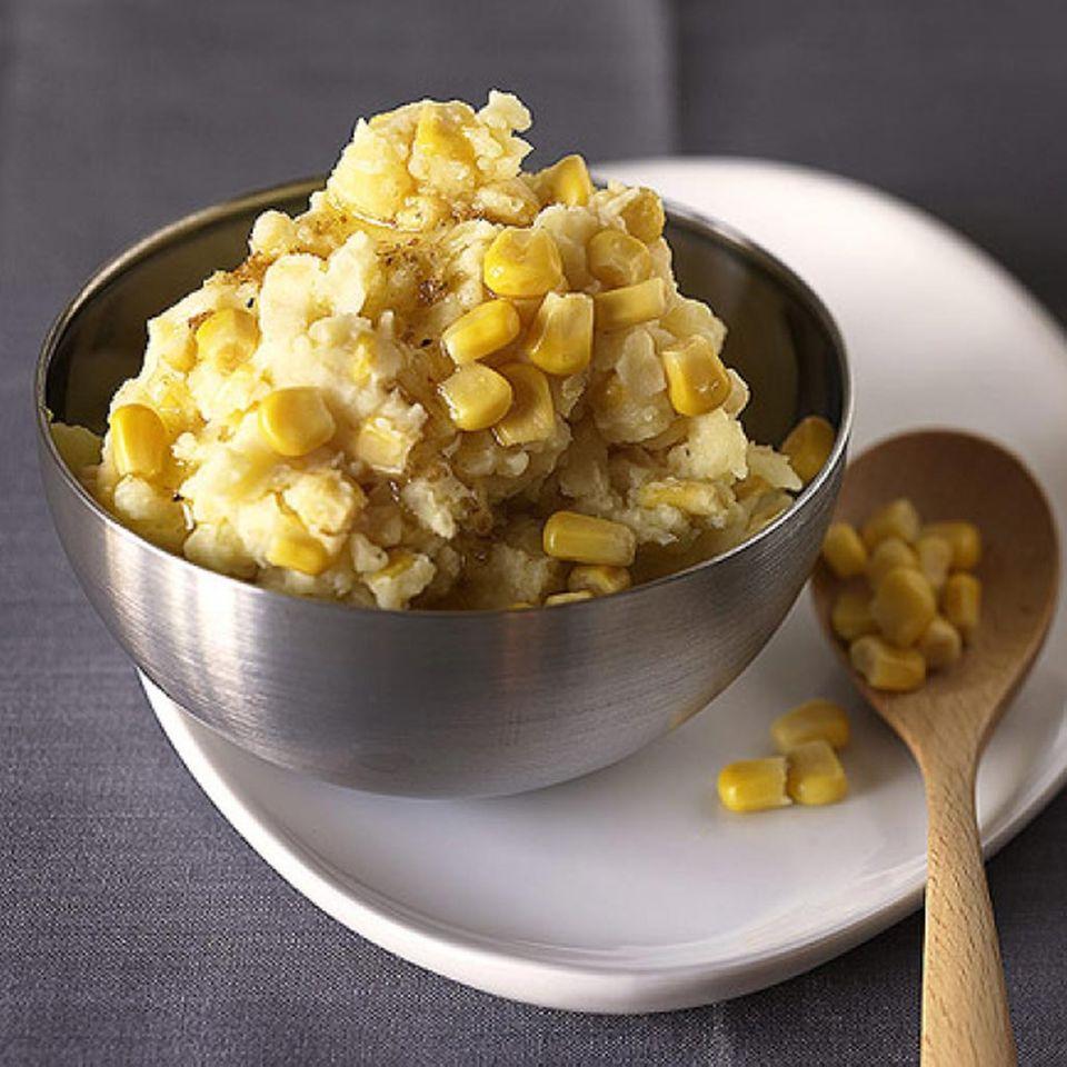 Beilagen und Snacks mit Mais