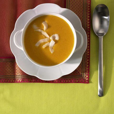 Rezepte: Suppen mit Kokosmilch